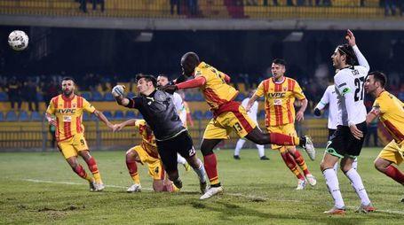 Il gol di Cisbah contro il Cesena (Foto LaPresse)