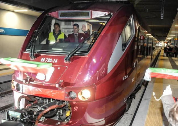 Un'opera da 115 milioni, realizzata da Ferrovie Nord, che collega le due stazioni in cinque minuti e rafforza la posizione di Malpensa come aeroporto piu' collegato d'Italia (Newpress)