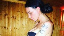 Nina Moric in una foto sul suo profilo Facebook