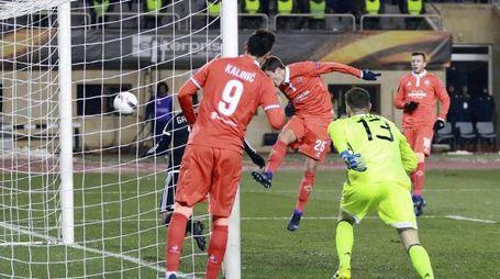 Qarabag-Fiorentina 1-2, il gol del 2-1 di Chiesa (Ansa)
