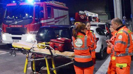 Vigili del fuoco e soccorritori in azione (foto d'archivio)