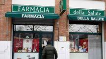 BARCO L'ingresso della Farmacia della salute in piazza Emilia (foto Businesspress)