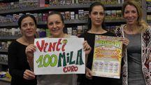 Le titolari del bar tabacchi Mazzoni Ivana di viale delle Nazioni a Marina di Ravenna