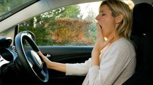 Guidare dopo aver dormito poco è pericoloso - Foto: Chris Rout / Alamy