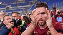 Strootman carico dopo il gol nel derby (LaPresse)