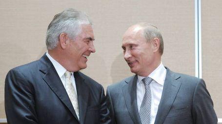 Nella foto Tillerson e Putin
