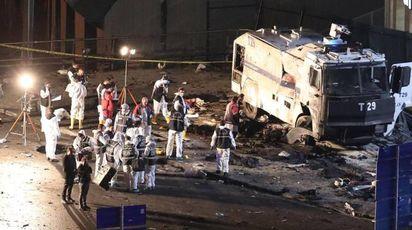 Istanbul, l'attentato vicino allo Stadio