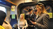 Controlli sui treni (Newpress)