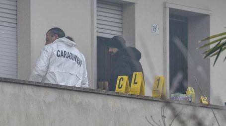 Giorgio Pasqualini, 68 anni A sinistra, gli investigatori al lavoro
