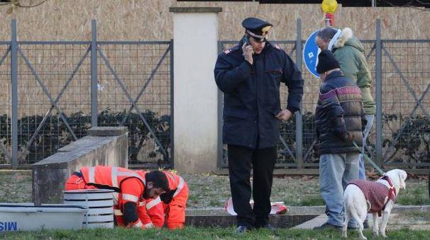 Senzatetto trovato morto sul lungarno Santa Rosa (Visintini / New Press Photo)