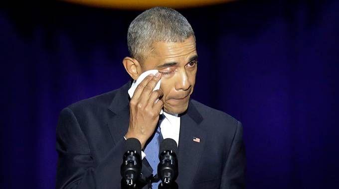 Obama commosso nel suo discorso di addio a Chicago (Afp)
