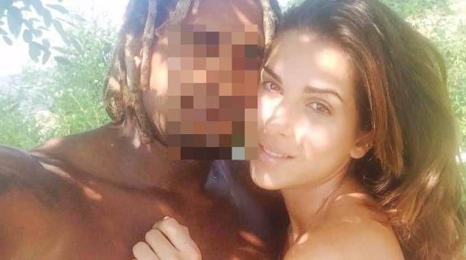 Gessica Notaro, la Miss sfregiata con l'acido, con il suo ex Jorge Edson Tavares (Ansa)