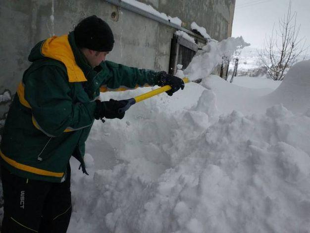 Neve e terremoto, situazione critica nel Maceratese