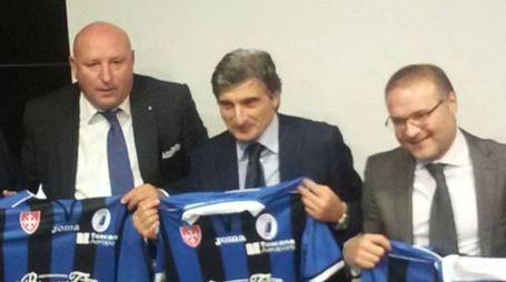 Lucchesi con l'ex presidente Petroni e l'avvocato Taverniti
