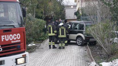 Fermo, i soccorsi all'ex sindaco Nella Brambatti (Foto Zeppilli)