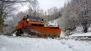 Spazzaneve in azione sul Brennero (foto Acerboni/FotoCastellani d'archivio)