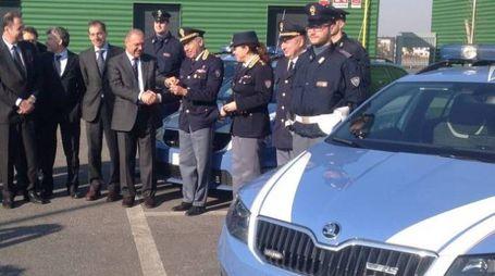 Il presidente di Brebemi consegna tre nuove auto alla Polizia stradale
