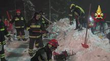 Le ricerche dei vigili del fuoco