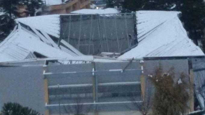 Il crollo del tetto