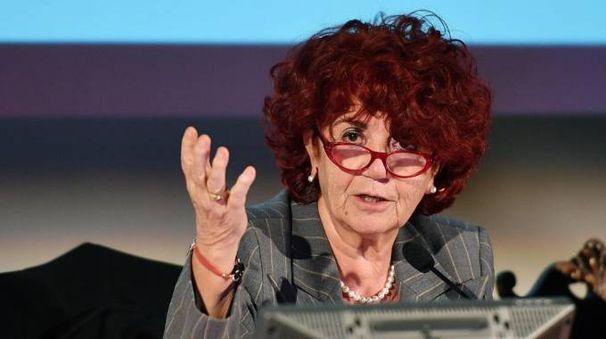 Valeria Fedeli, ministro dell'Istruzione (Ansa)