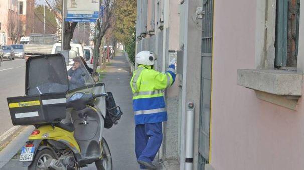 1500 assunzioni poste italiane accorso amazon