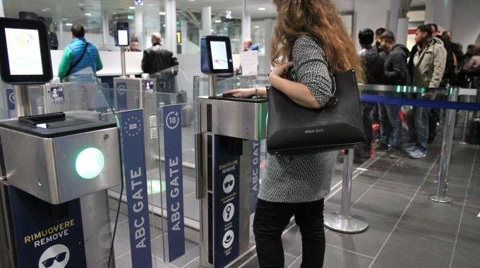 L'e-gate automatizzato all'aeroporto Marconi di Bologna