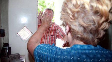 Truffe agli anziani (foto repertorio)