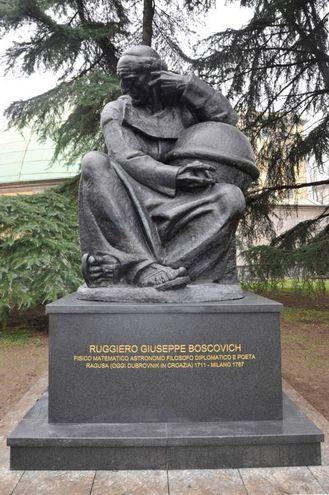 Slikovni rezultat za milan ruggero statua