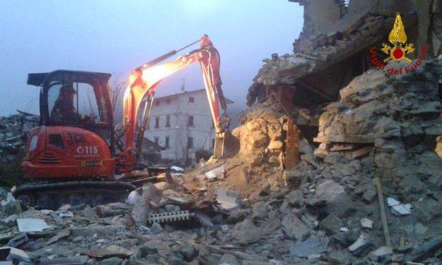 L'intervento in una casa parzialmente crollata