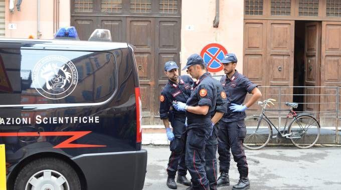 I carabinieri durante le indagini
