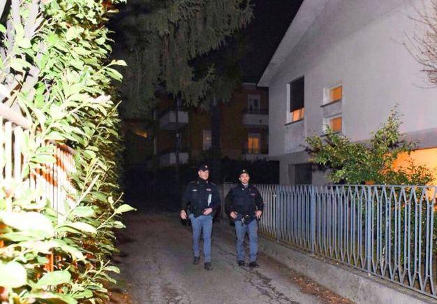 Donna uccisa a coltellate nella serata di venerdì a Como (Cusa)