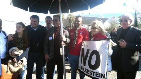 Balneari, la protesta contro la Bolkestein (foto Delia)