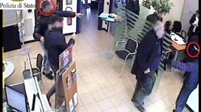 Tentata rapina all'Ubi Banca di San Polo