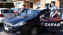 Il blitz alle 9: sul posto i carabinieri