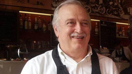 Mauro Ventura, 70 anni, barista del locale-simbolo di Casalecchio
