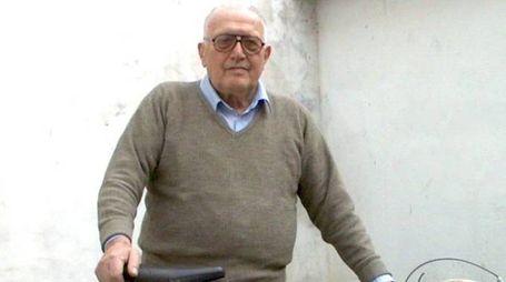 Vito Ortelli nel 2003 con una sua bicicletta del 1946[1]