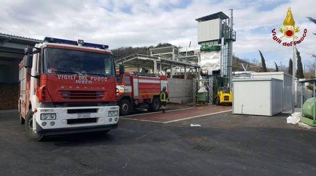 I vigili del fuoco nell'impianto