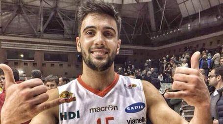 Matteo Tambone, protagonista del vittorioso derby con Ferrara