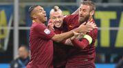 Nainggolan esulta dopo il gol (Newpress)