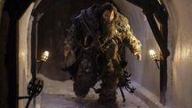 """Una foto di scena di Neil Fingleton nella serie tv """"Il trono di spade"""" (Ansa)"""