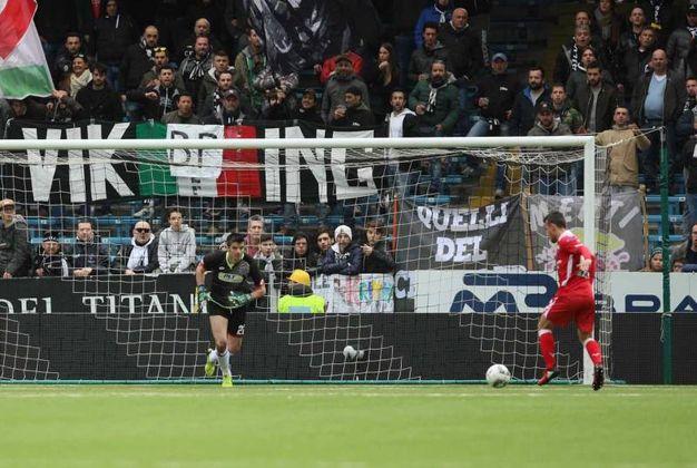 Il gol di Francesco Orlando (LaPresse)