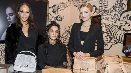 Da sinistra: Joan Smalls, Saira Hunjan e Lily Donaldson
