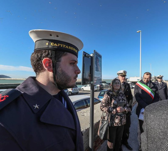 Commozione all'inaugurazione della banchina Curina (Fotoprint)