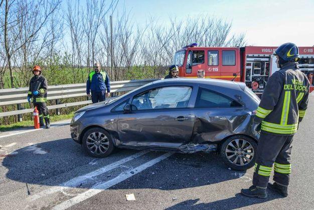 L'auto coinvolta nello scontro (Foto Donzelli)