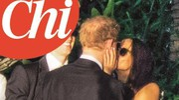 Il bacio tra il principe Harry e Meghan (Ansa)