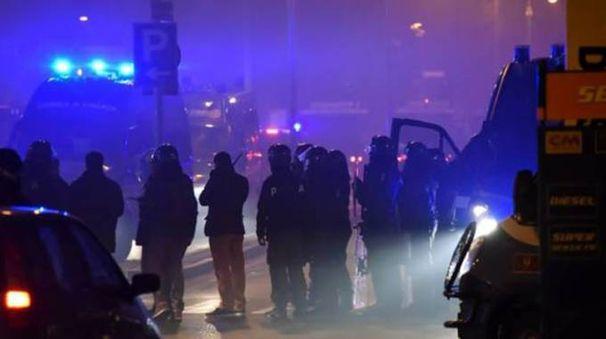 Un momento degli scontri dopo Atalanta-Inter del 16 gennaio 2016