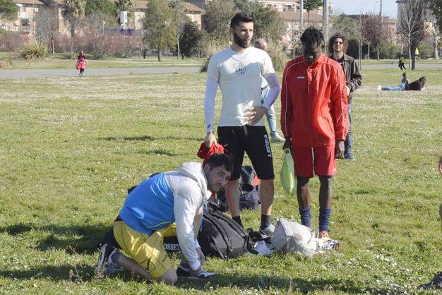 L'allenamento al parco (Foto Aprili)