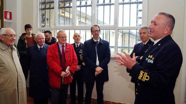 Il comandante di Marina Nord, l'ammiraglio Giorgio Lazio, ha presieduto la cerimonia di inaugurazione della Sala Marconi