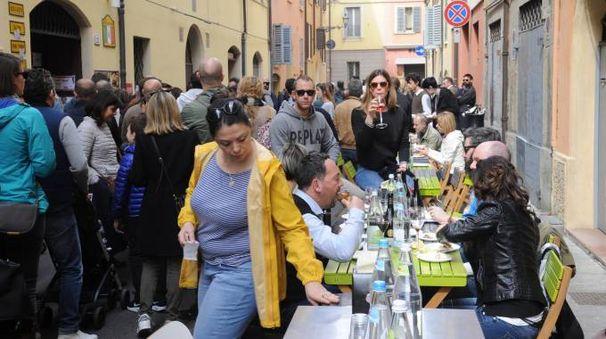 Sfida del supplì a Modena (foto Fiocchi)