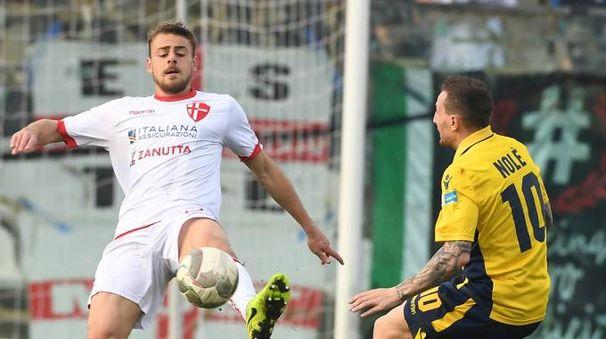 Ancora una sconfitta per il Modena di Capuano, battuto in casa dal Padova per 1-0